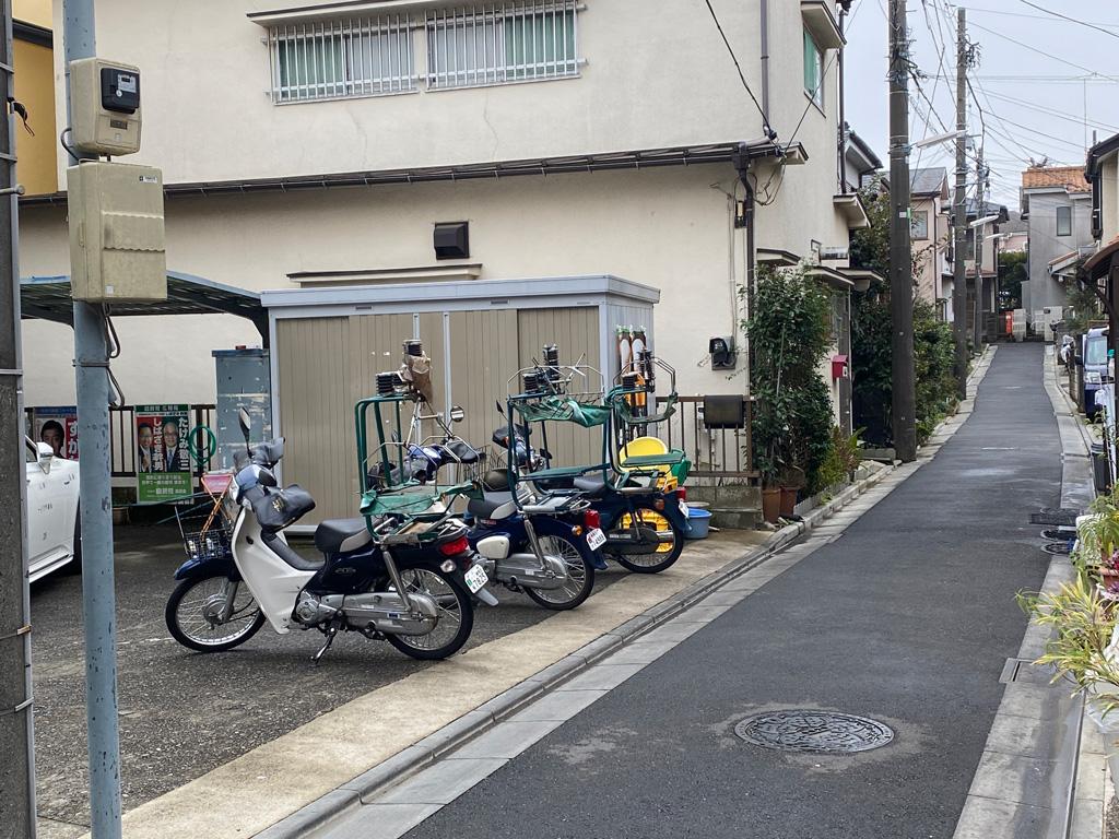 出前のバイク
